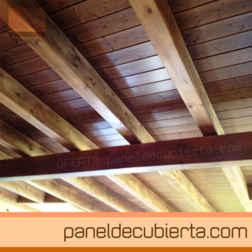 Panel de cubierta con acabado en madera for Sandwich para tejados de madera