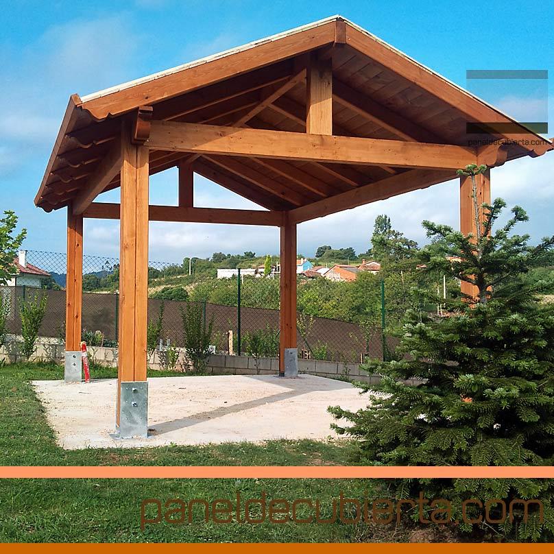 Ventajas del panel de madera para cubiertas y tejados for Tejados de madera a dos aguas