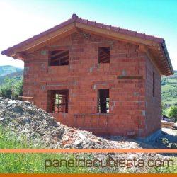 Cubierta de vivienda unifamiliar con panel de madera XPS 150 mm.