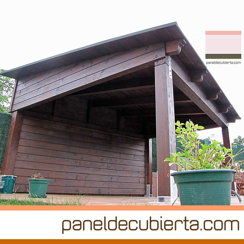 Porche robusto y protegido del viento. Panel de cubierta con madera núcleo aislante XPS 120 mm