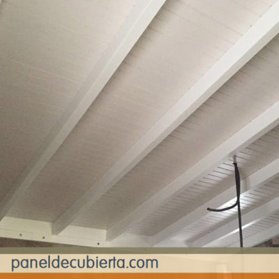 Aislamiento tejado con panel. Todos los acabados decorativos. Madrid paneles abeto blanco.