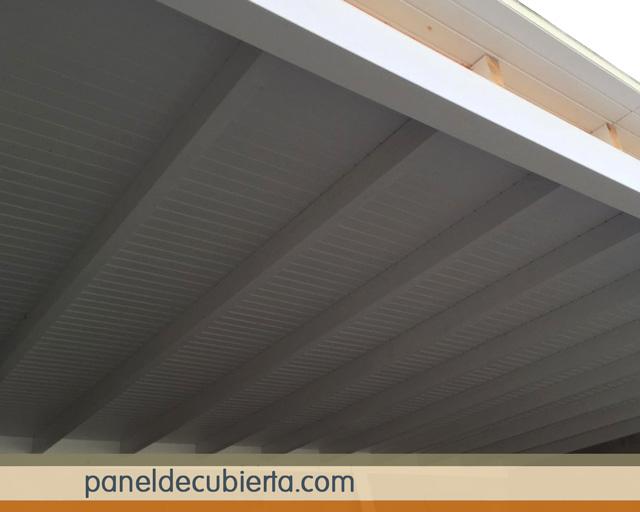Los m s bonitos paneles decorativos de madera abeto blanco for Tejado de madera madrid